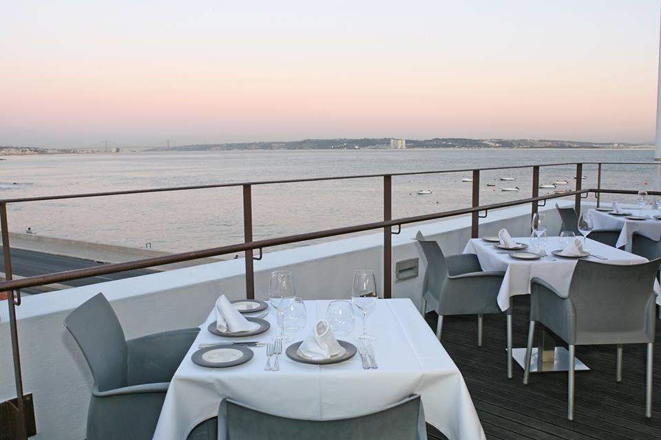7680c987e Com a proximidade do mar, alguns dos melhores restaurantes de Oeiras são  apostas seguras para quem quer comer um bom peixe. Mas há mais sabores para  ...